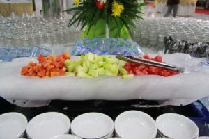 ice carving & buah iris
