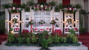 gambar-contoh-dekorasi-pernikahan-oleh-maheswari-catering-di-jogja