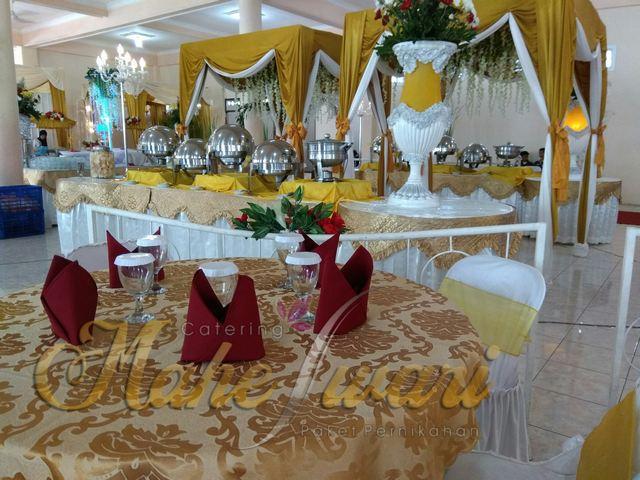 meja makan VIP