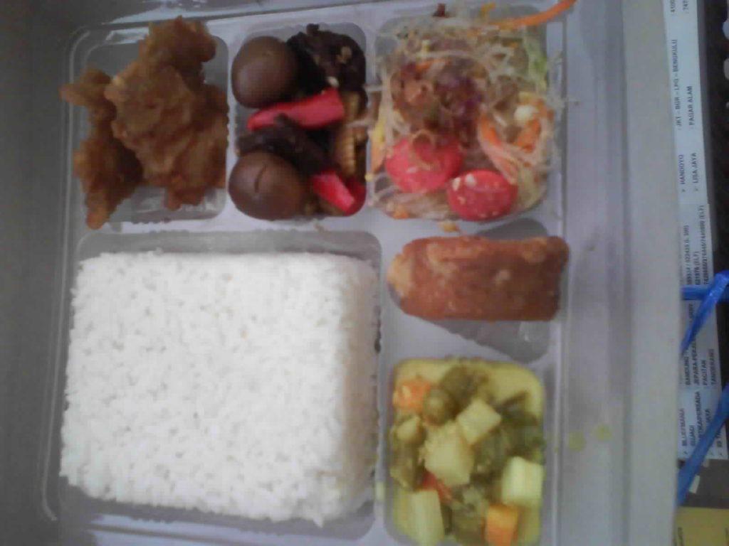 menu nasi box maheswari catering