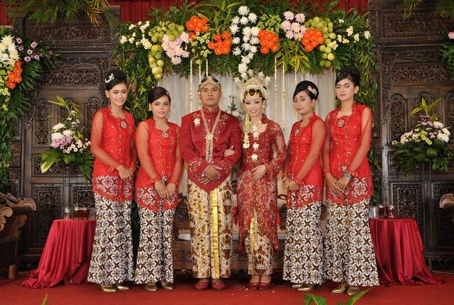 rias-pengantin-maheswari-catering_02_resize